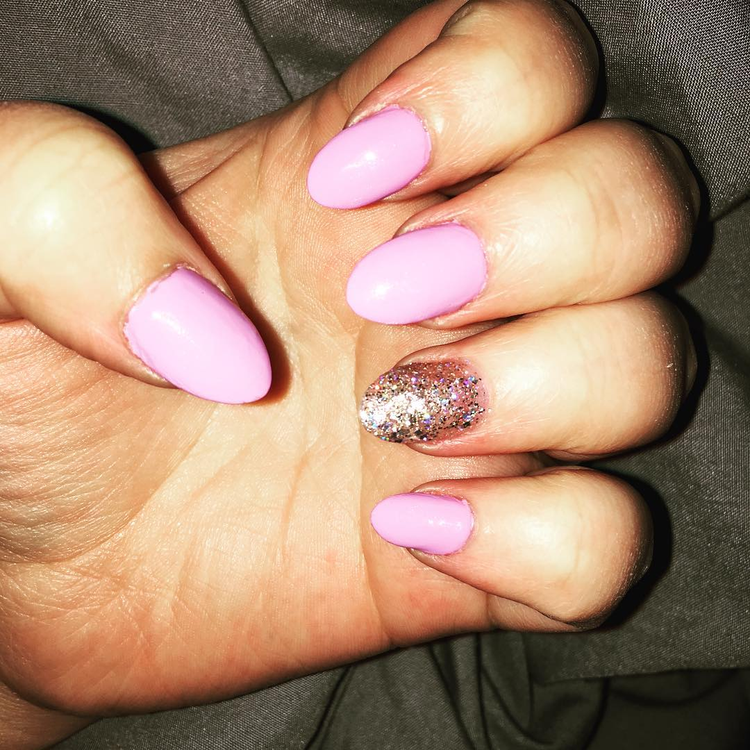 Pink & Shining Oval Nail Design