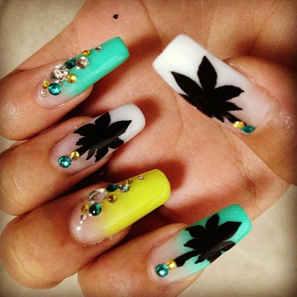 Black Weed Nail Design