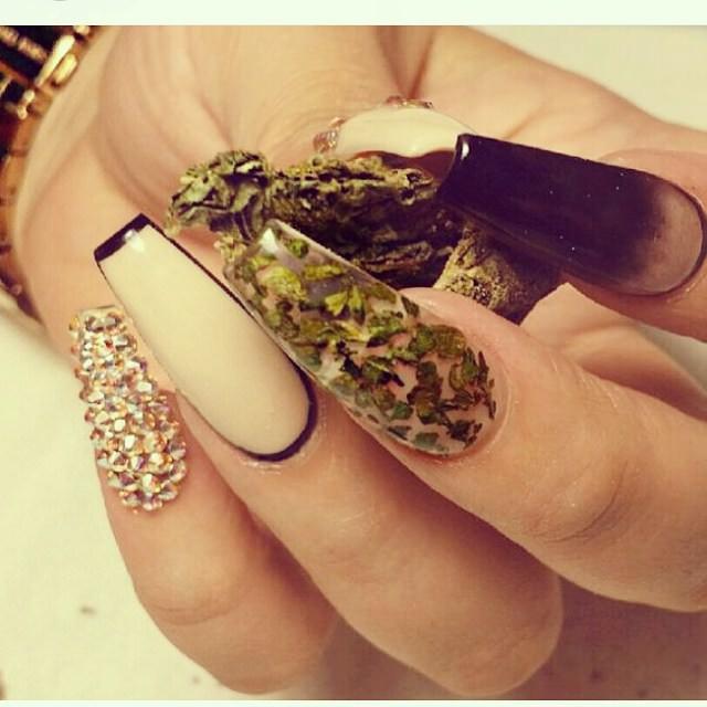Long Weed Nail Design