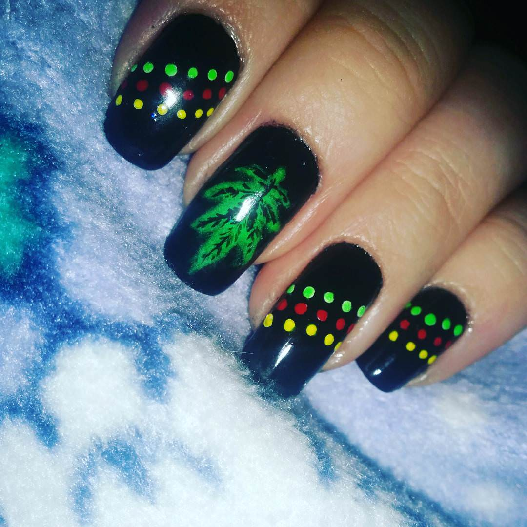 Green & Black Weed Nail Design - 26+ Weed Nail Art Designs, Ideas Design Trends - Premium PSD