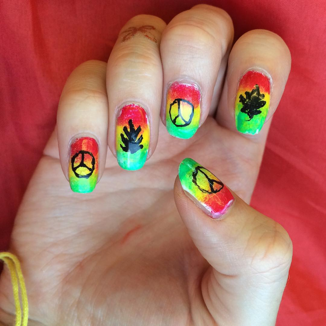 Paint Weed Nail Design