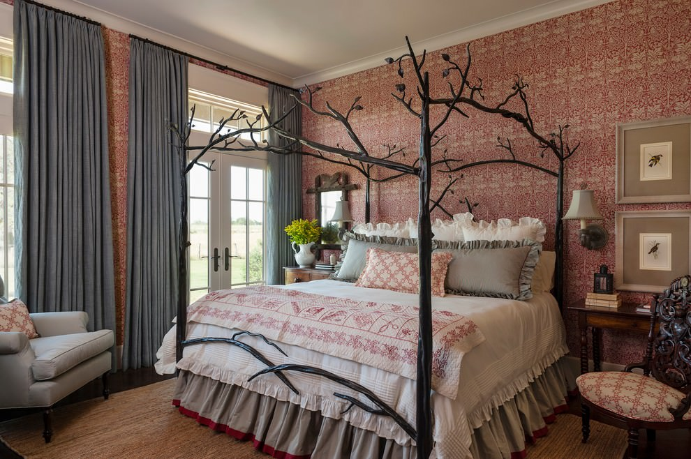 Traditional tree design bedroom