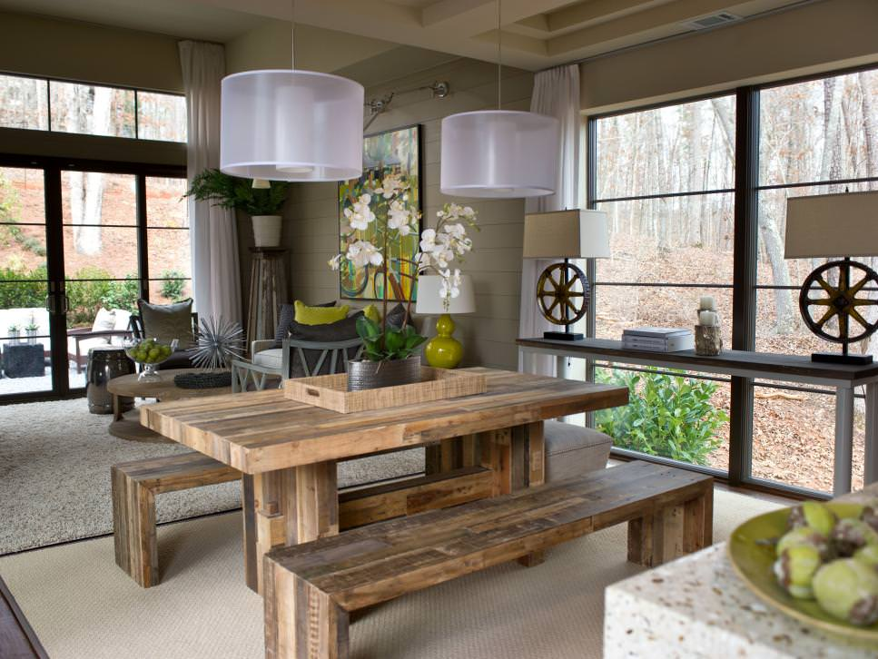 Casual and Rustic outdoor bench design in Dining Room