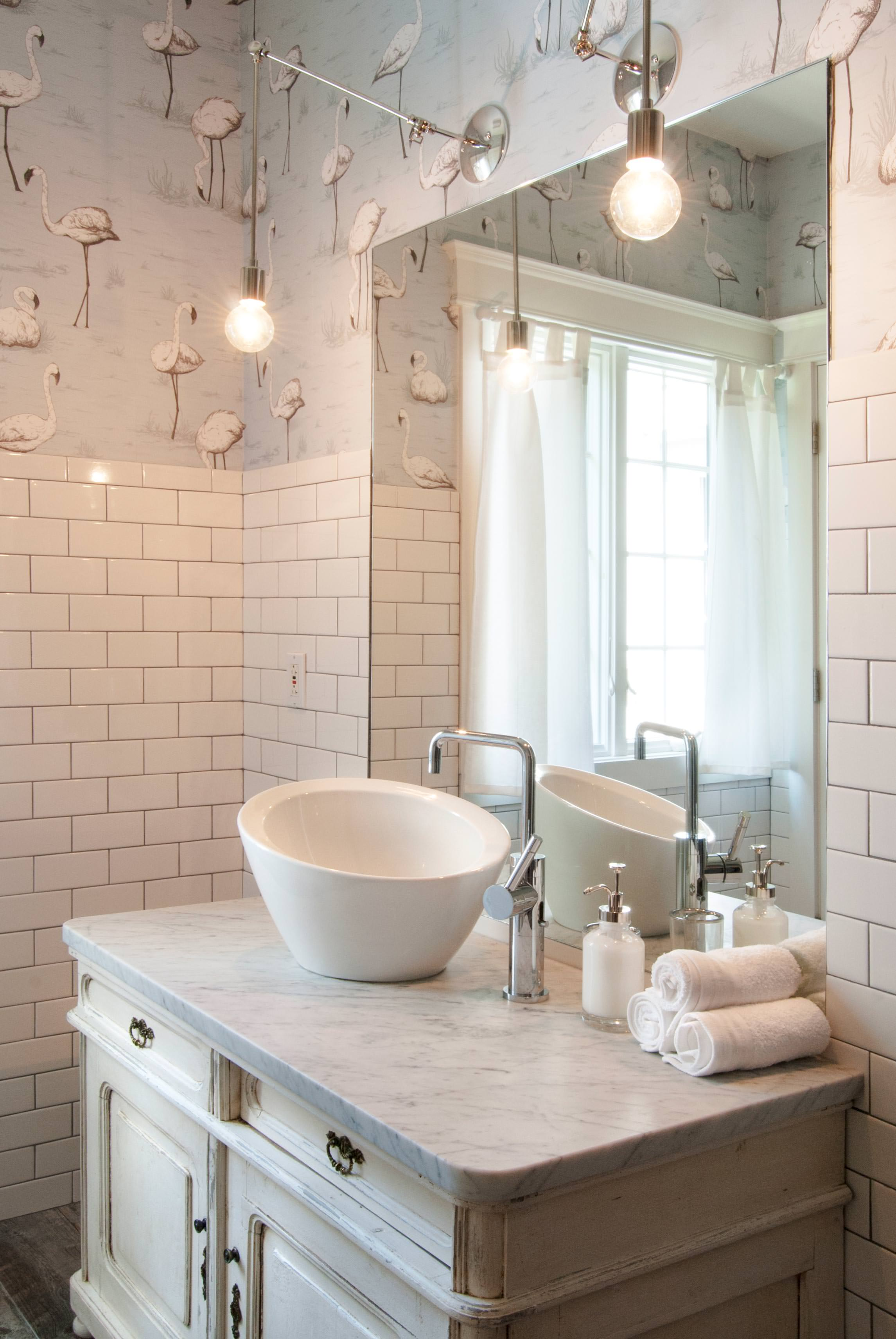 25+ Eclectic Bathroom Ideas And Designs