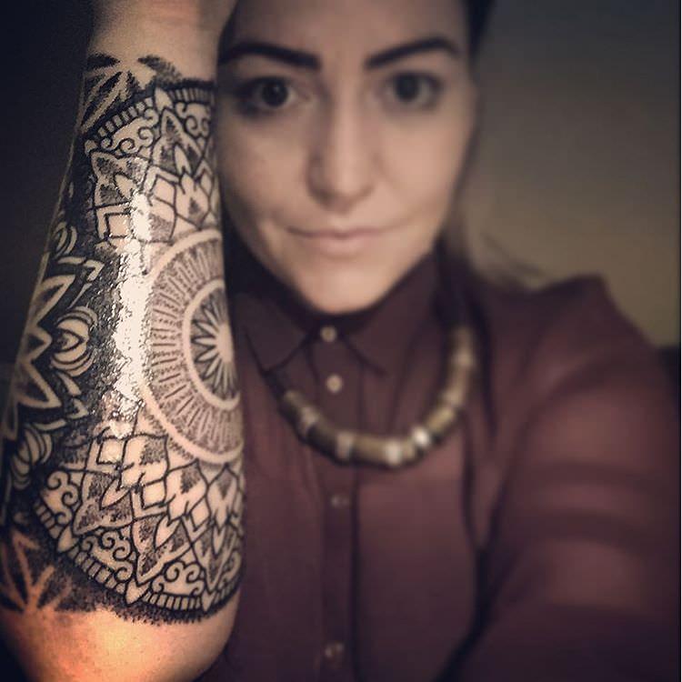 modern foream sleeve tattoo