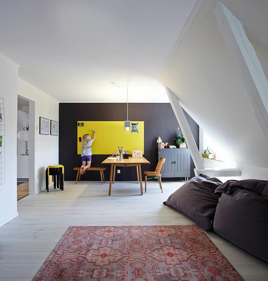 Accent Scandinavian Home Office Design