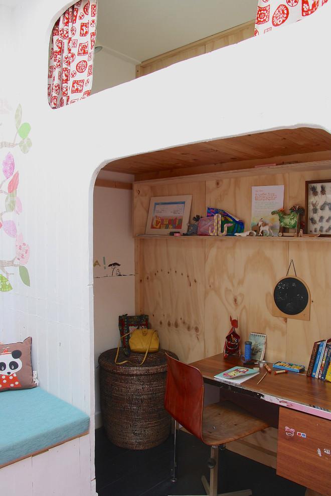 Scandinavian kids work space design