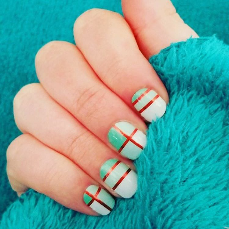 Nice Striped Nail Design