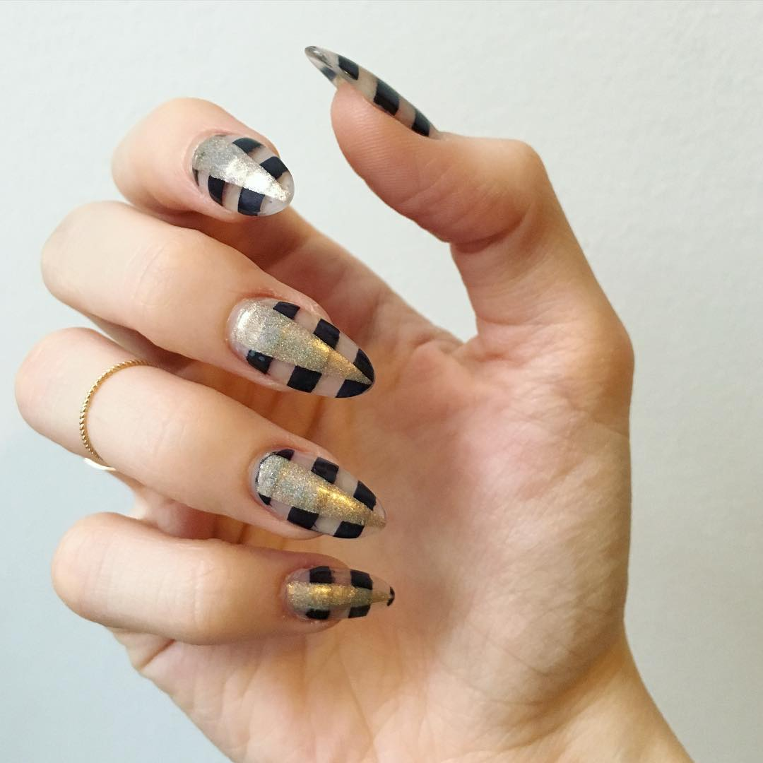 Trendy Striped Nail Design