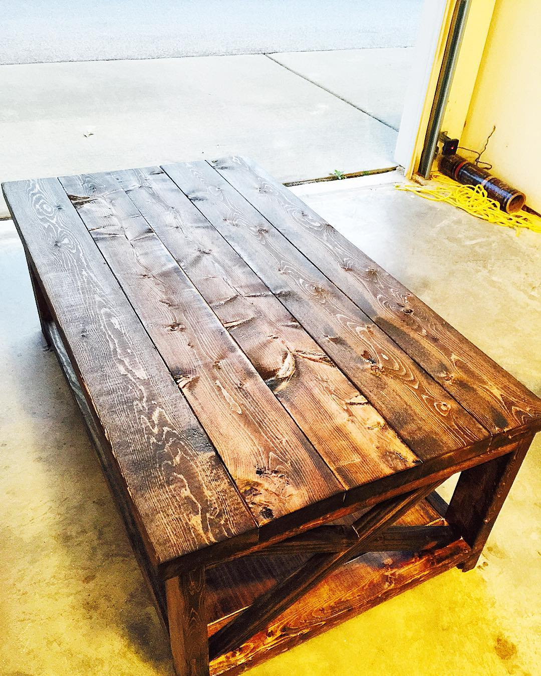 Brilliant Rustic Coffee Table Design