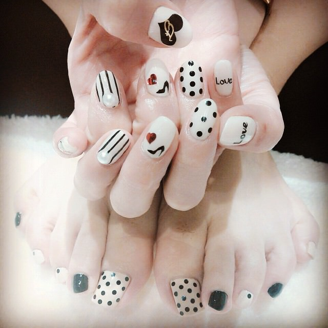 Cute Striped Nail Design