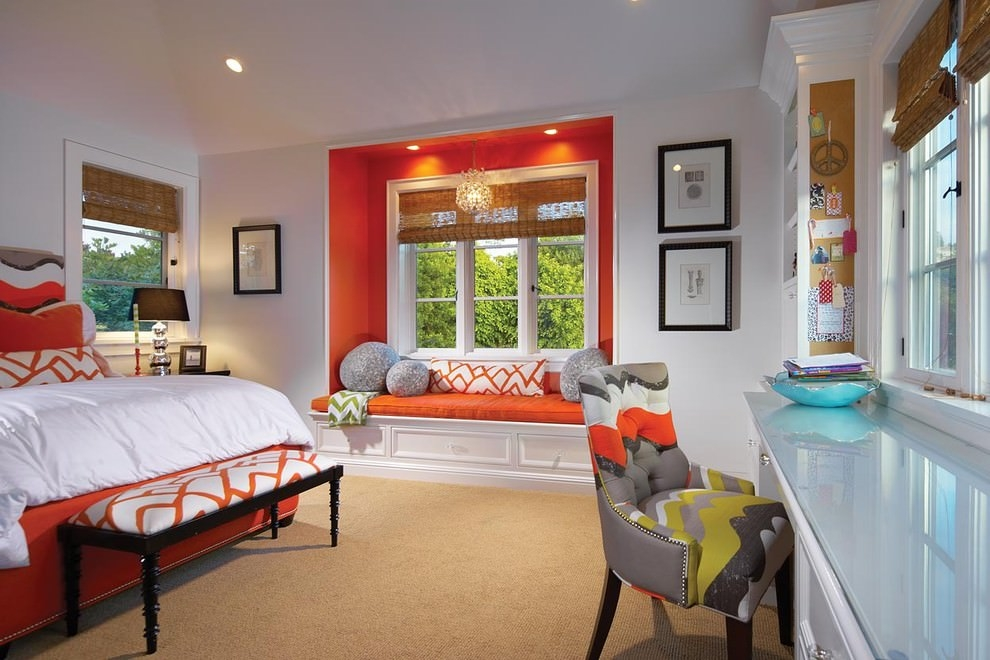 Traditional orange bedroom design