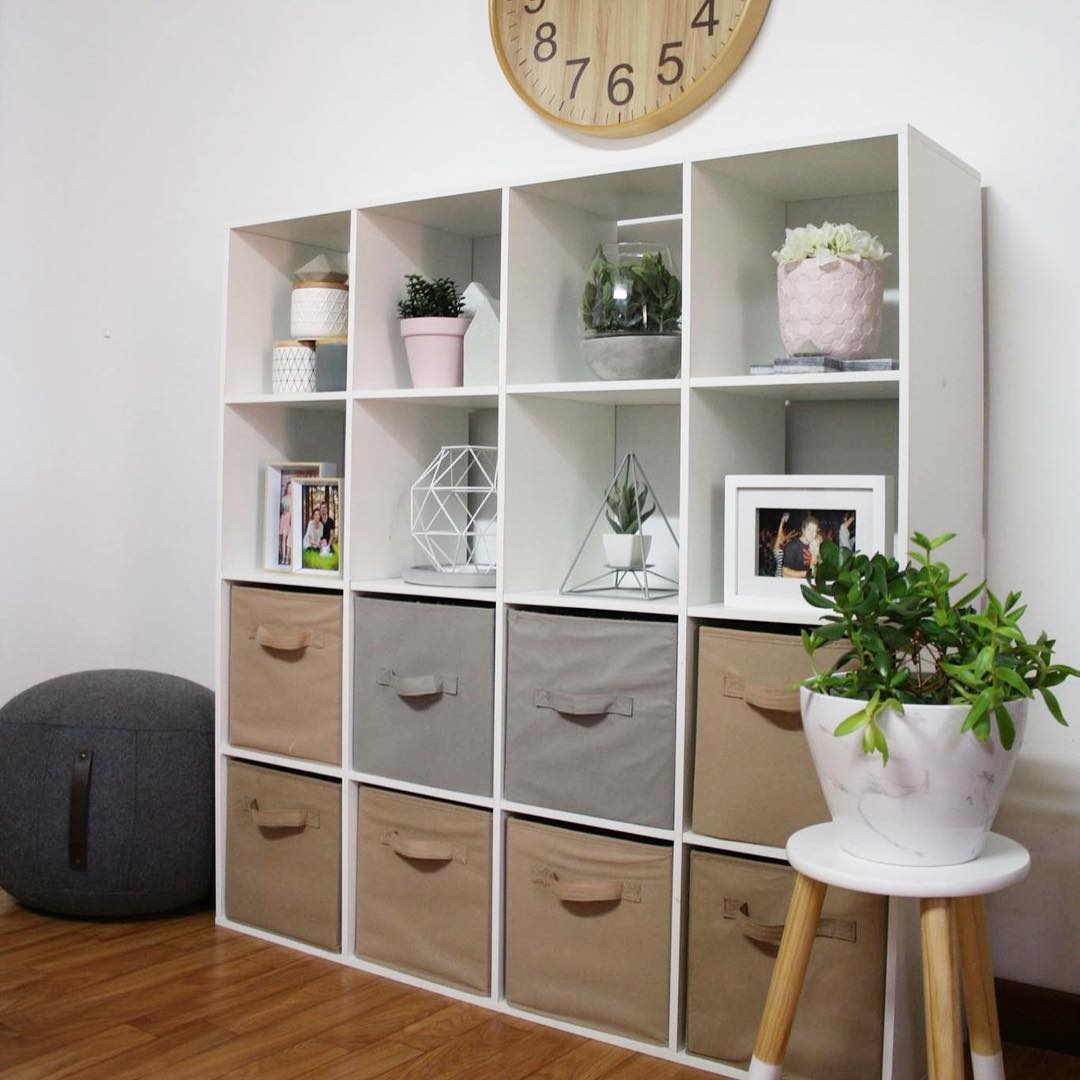 Beautiful Cube Wall Shelf Design