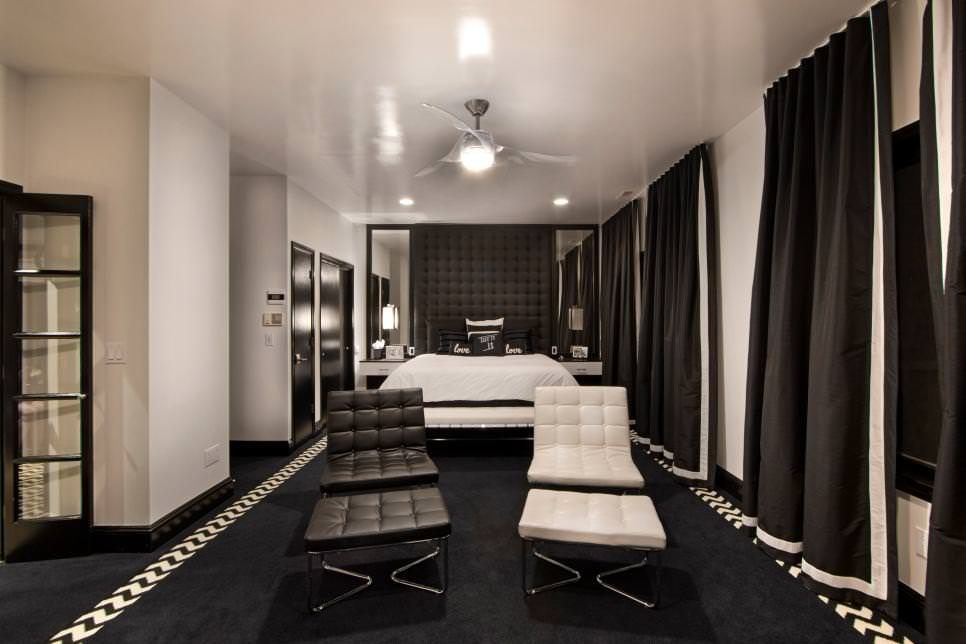 mod black and white bedroom design