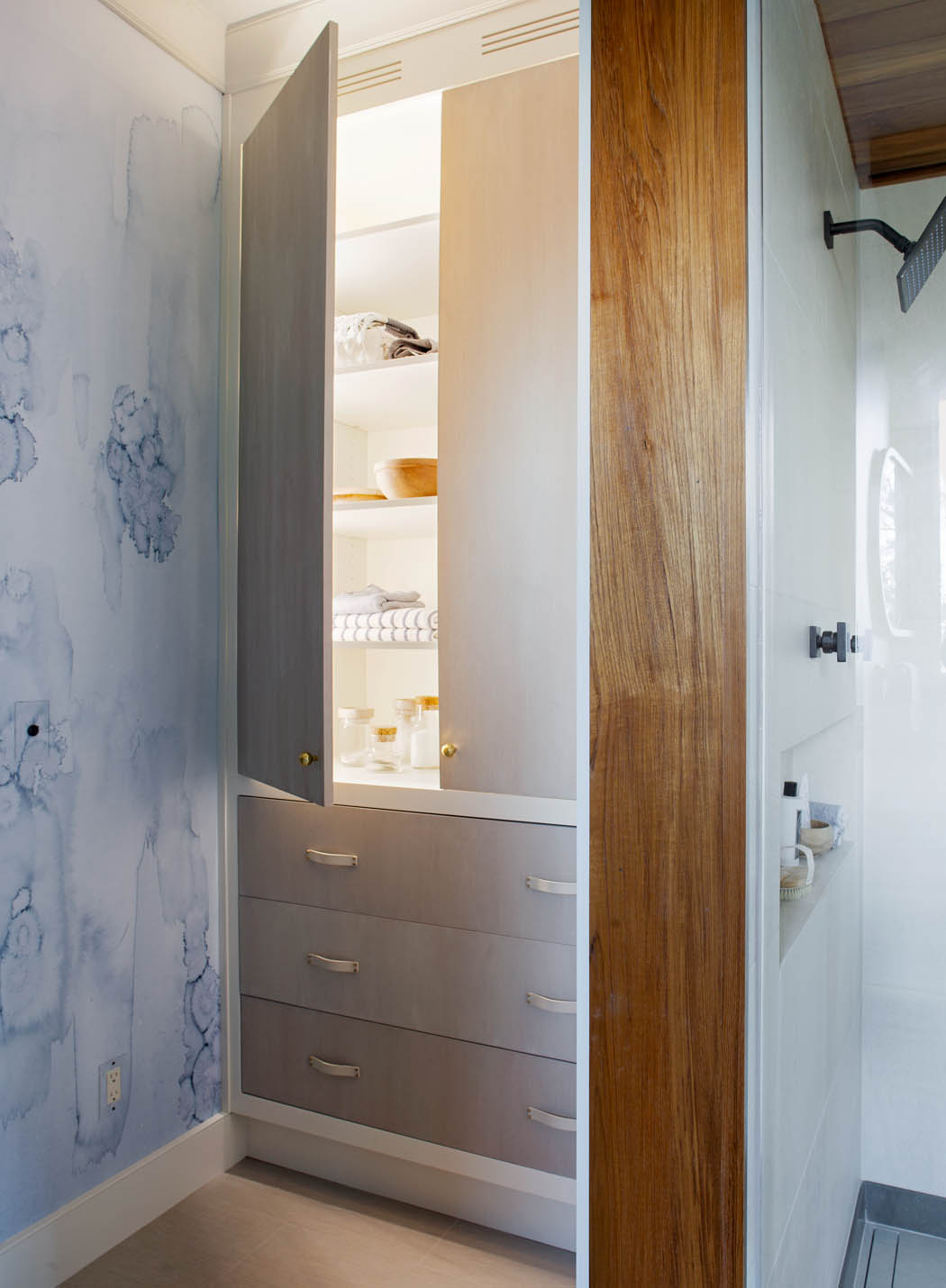 grey bathroom cabinet and drawers