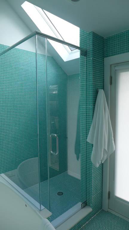 skylight turquoise bathroom