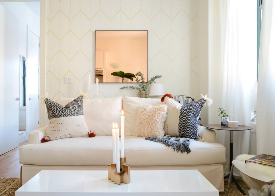 Bright Small Living Room Decor