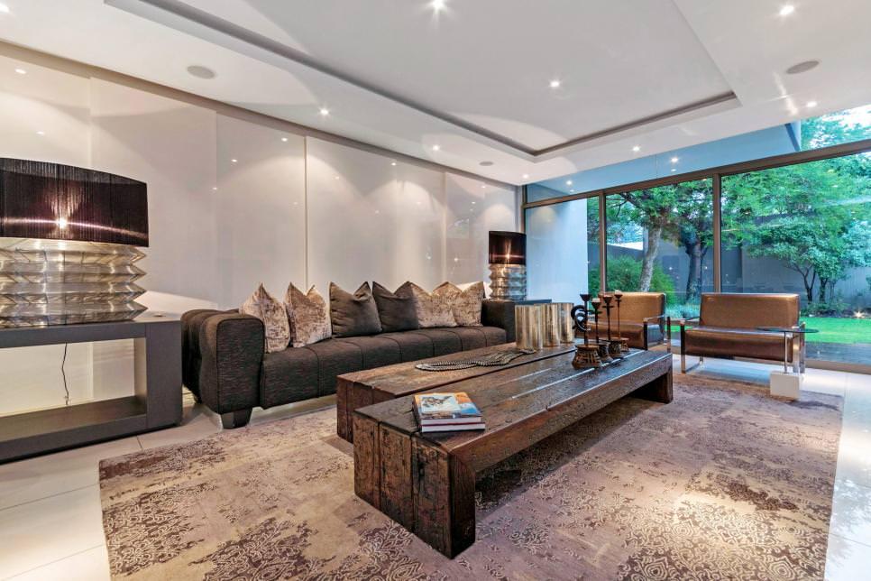 Contemporary Small Living Room Decor