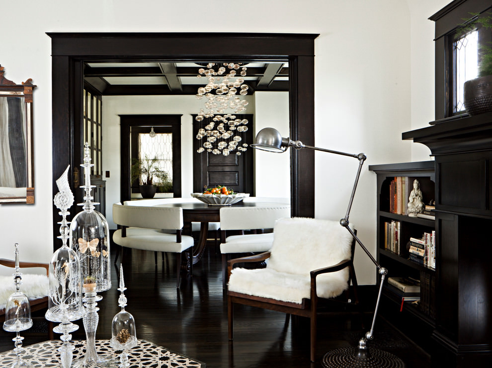 Sassy Black Living Room Design