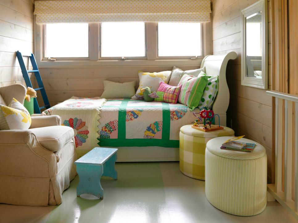 kids loft with daybed and colorful bedding