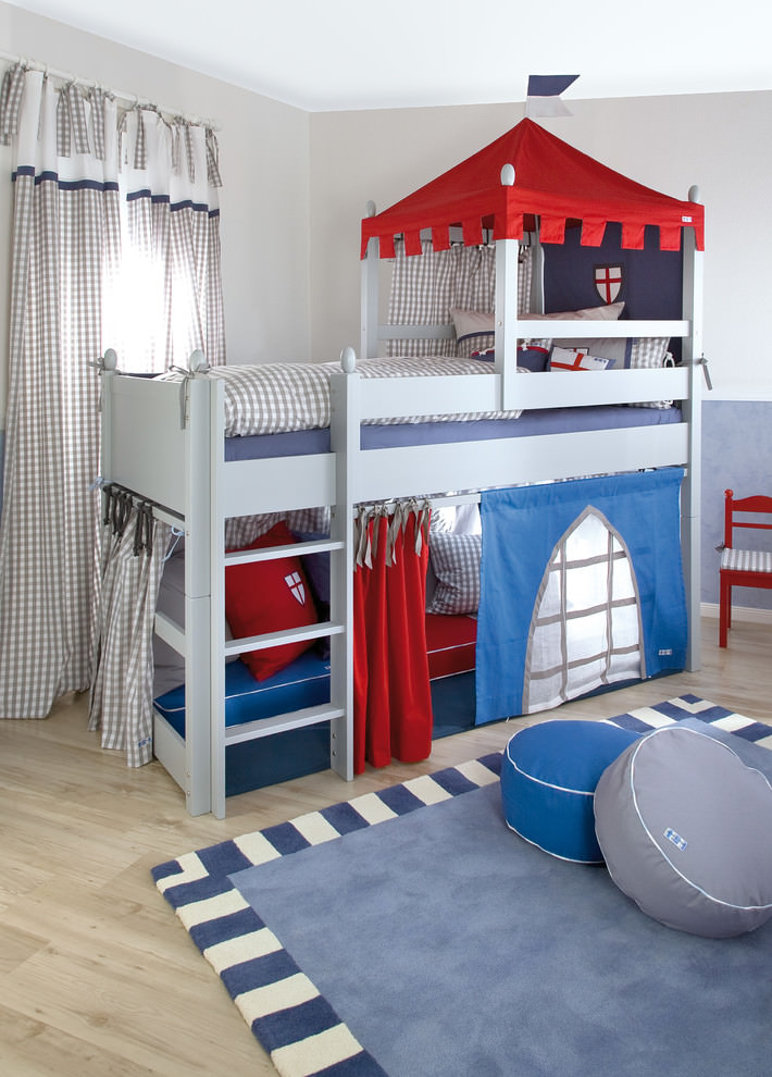 Traditional funny bed for kids