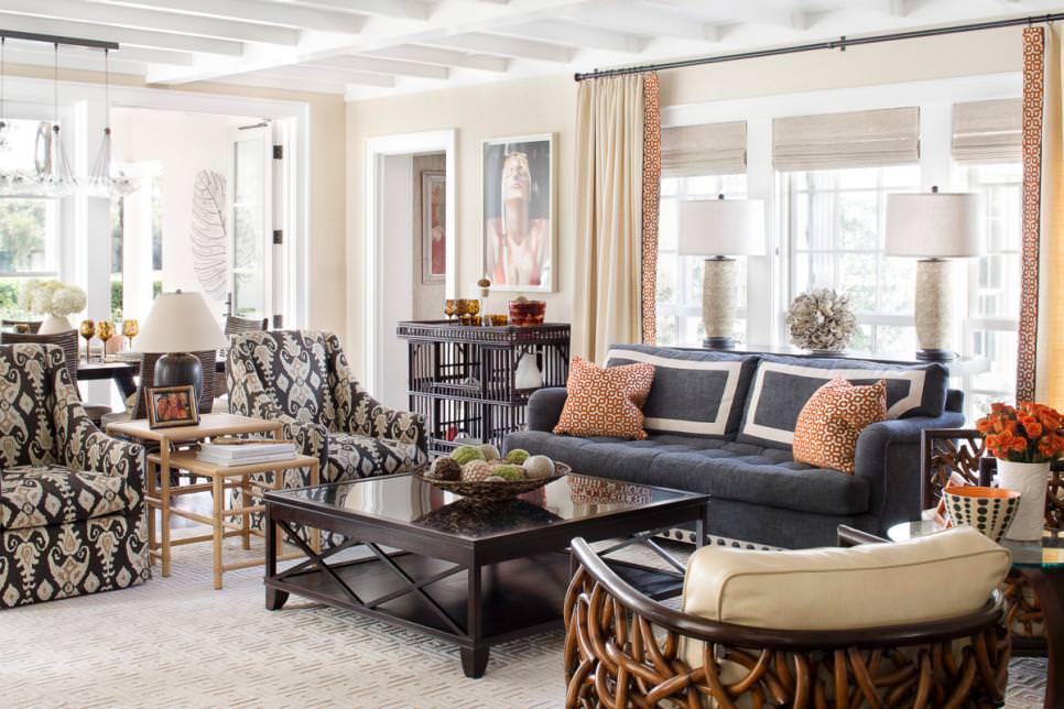 Spacious Beach Living Room Design