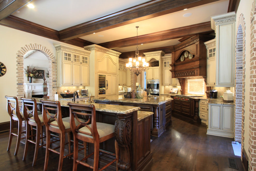 20 luxury kitchen designs decorating ideas design for Beautiful traditional kitchens
