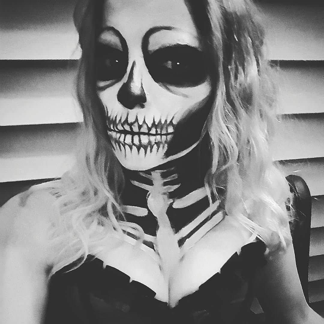 23+ Halloween Body Paintings Art Ideas Pictures Images - Amazing Halloween Face Paint