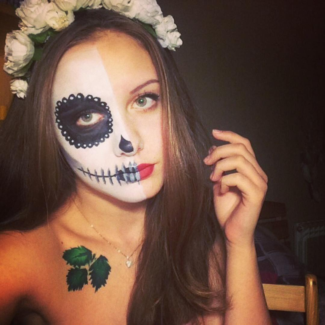 Pretty Lady with Halloween Painting