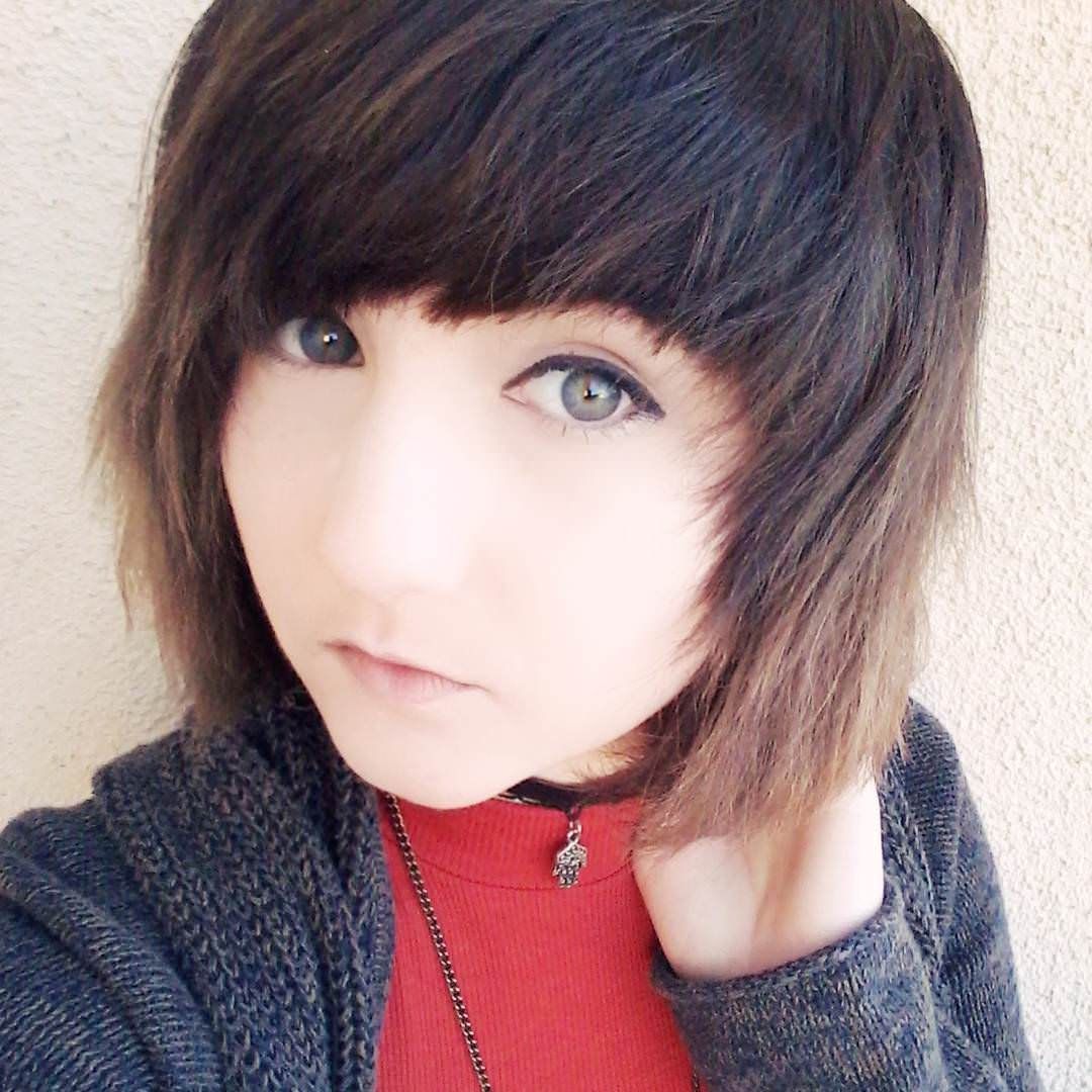choppy hair style
