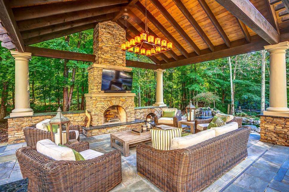 20 outdoor living room designs decorating ideas design for Outdoor living space plans