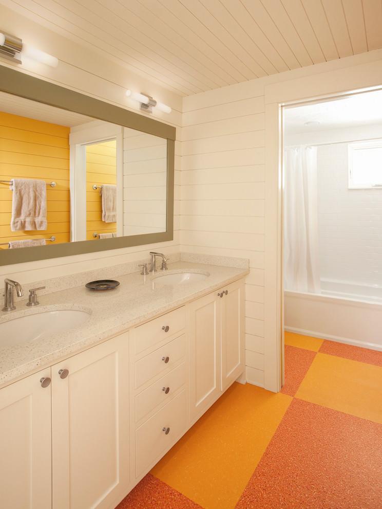 sassy bathroom flooring design