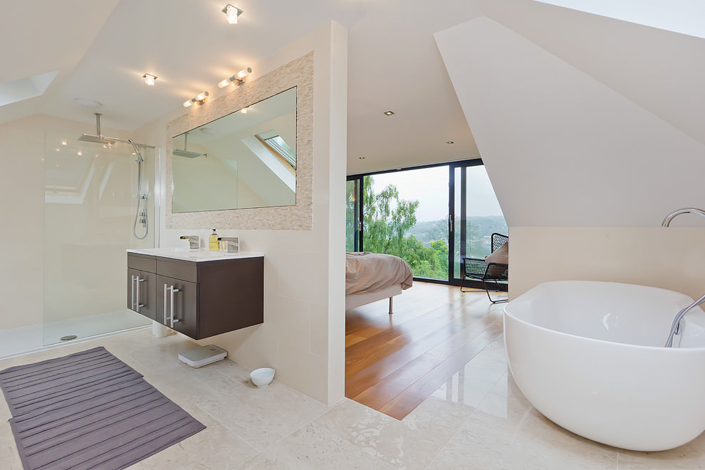 stylish bathroom flooring design