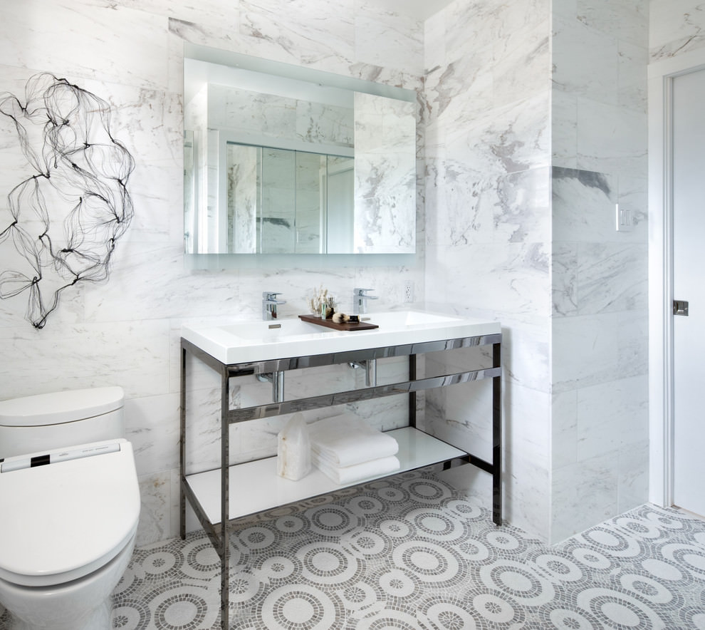 creative bathroom flooring design