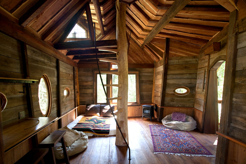 Tree House Rustic Bed Design