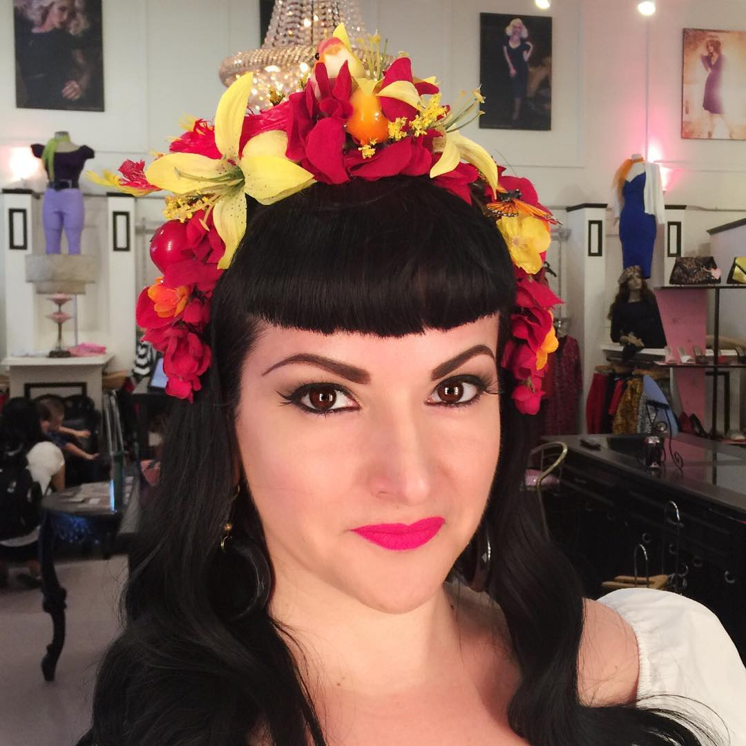 Trendy Pinup Hairstyle For Parties