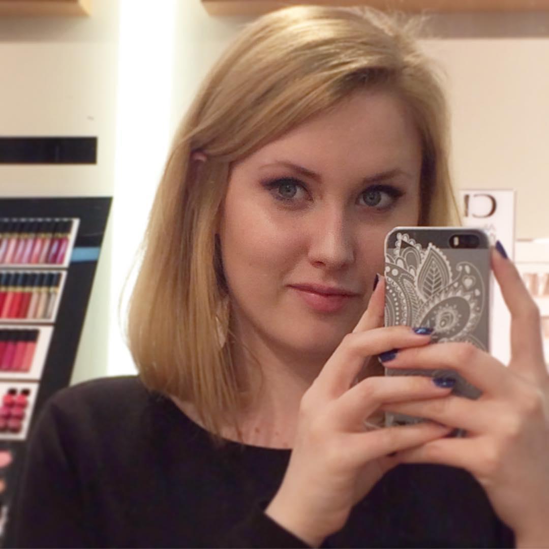 Beautiful Short Hair Style