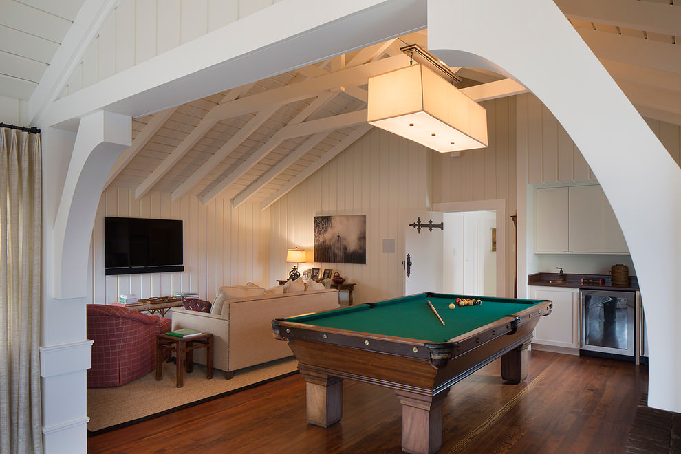 Transitional Game Room Design