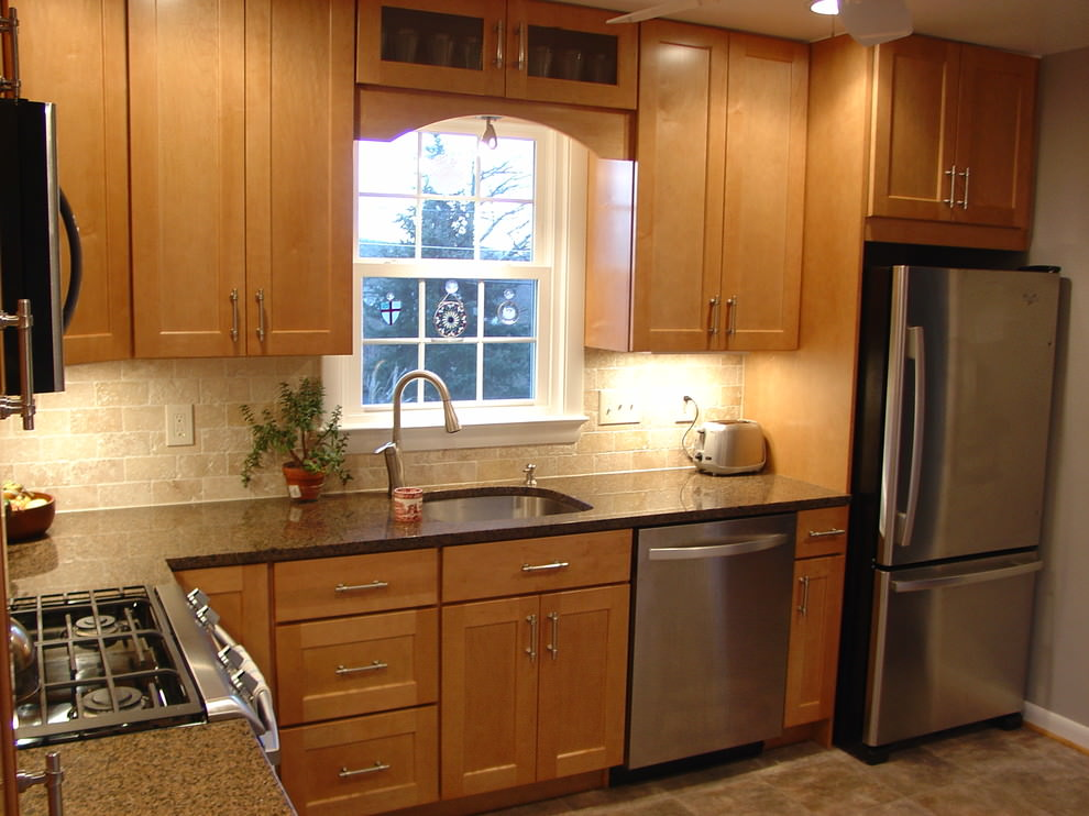 Very small l shaped kitchen the image for Small kitchen remodel