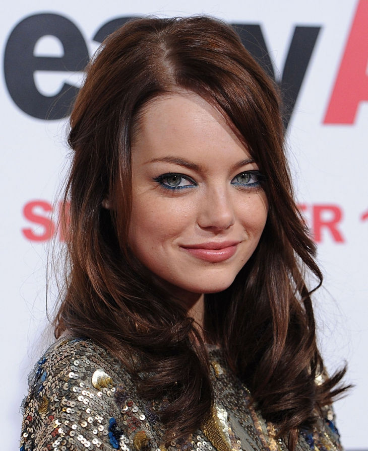 graceful side bangs by emma stone