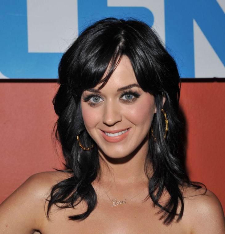 katy perry elegant mid length bang haircut