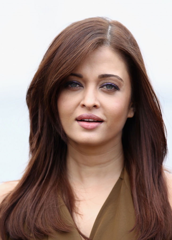 hair for the rather round faces like aishwarya rai bachan