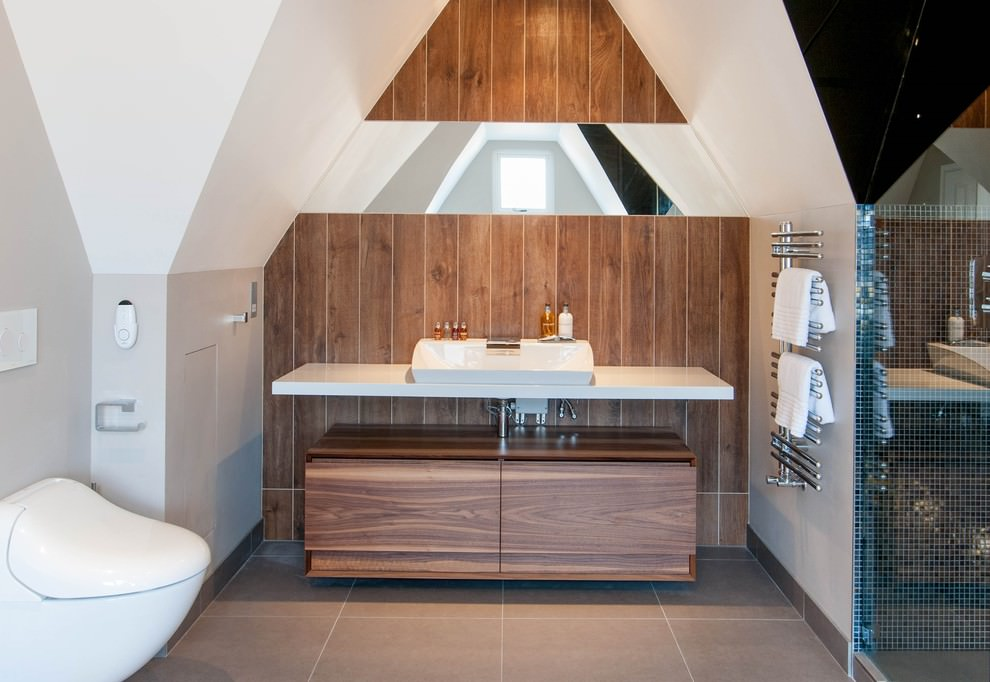 hardwood contemporary bathroom desgin