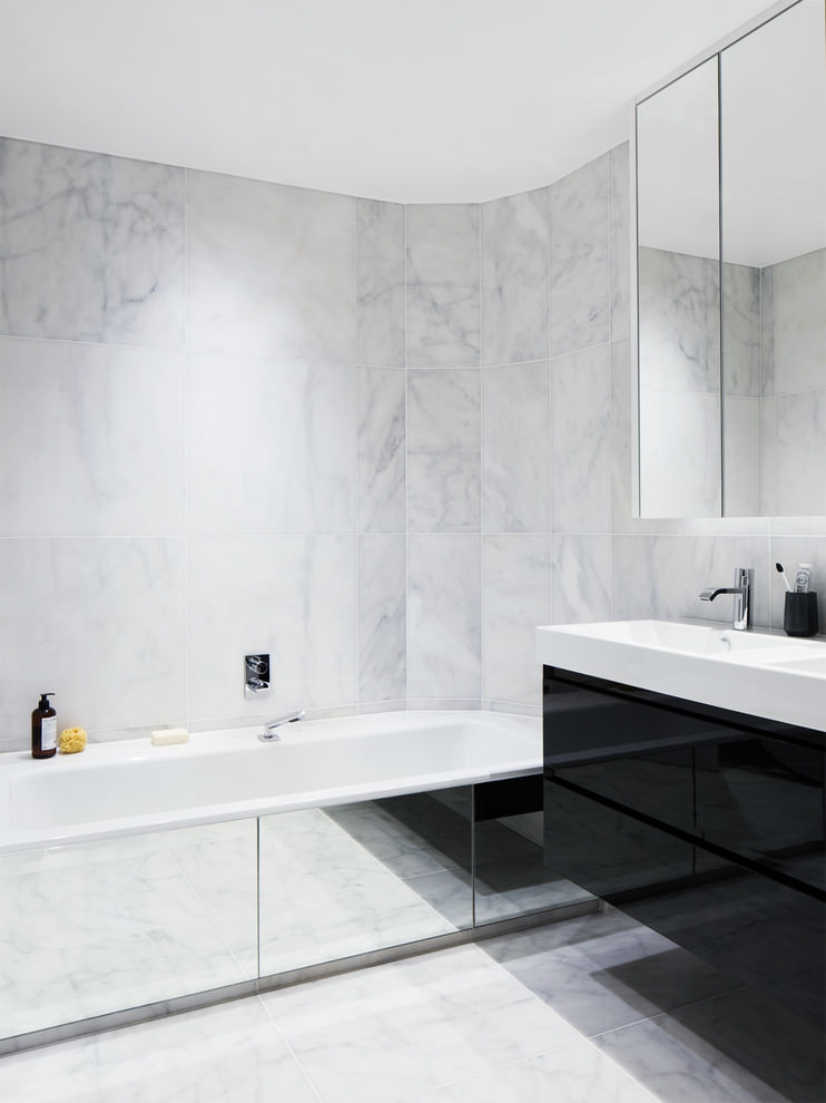 white contemporary bathroom desgin