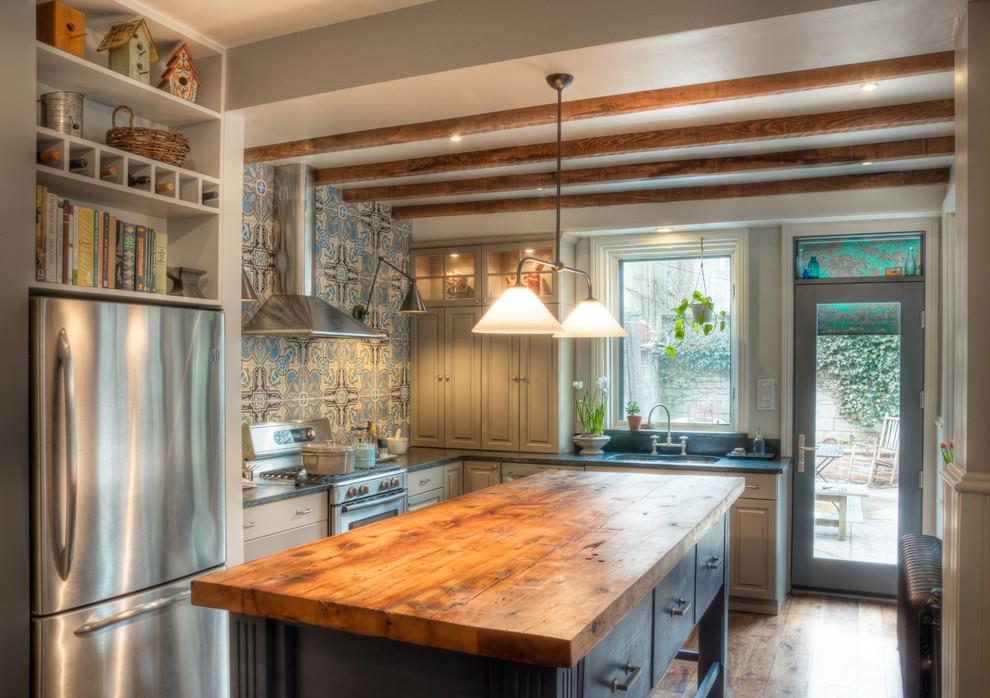 Blue Pattern Kitchen Tile Design