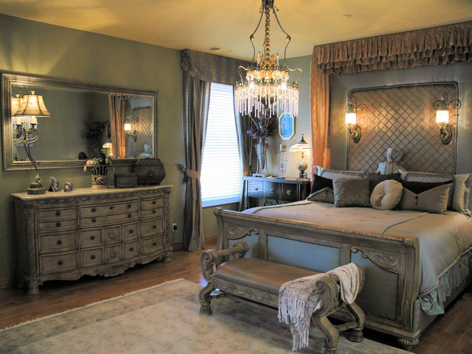 Lavish Silver Bedroom With Chandelier