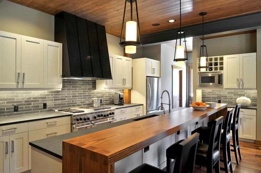 Stylish Brick Kitchen Tile Design