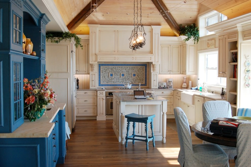Unique Kitchen Tile Design