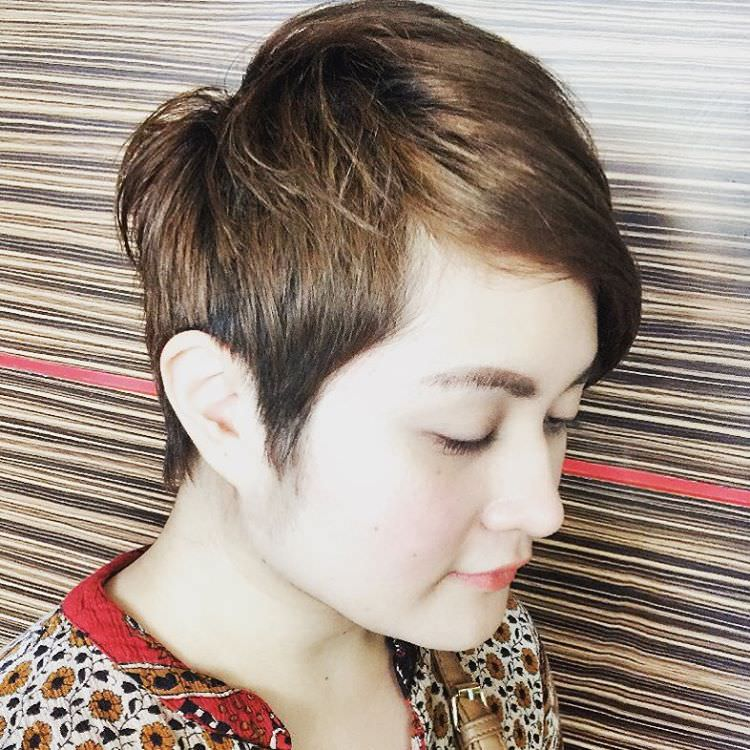 Simple Short Hairstyle for Girls