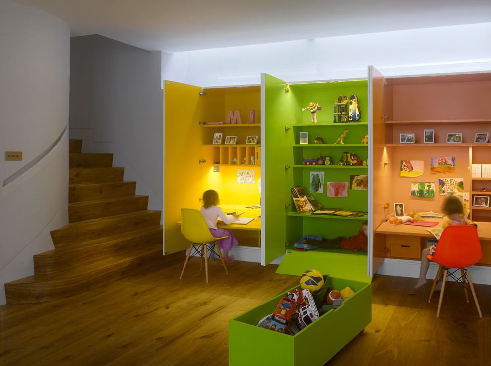 coloful kids desk design